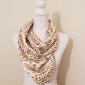 Other - Gold blanket scarf xl